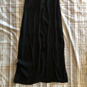Honey Punch Dresses - NWT Honey Punch Black Deep V Maxi-Size Small